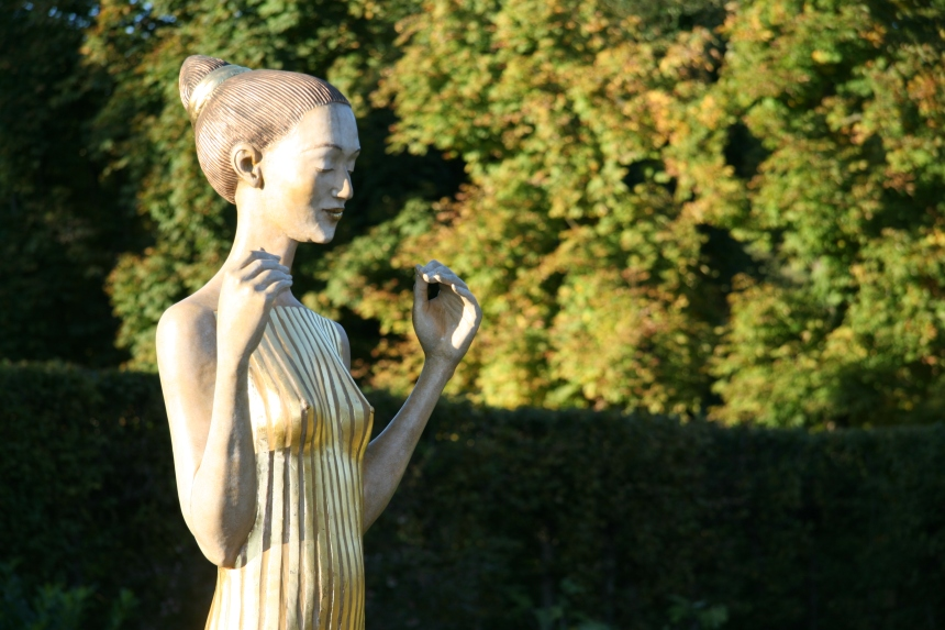 Skulptur von Malgorzata Chodakowska, Schlosspark Pillnitz